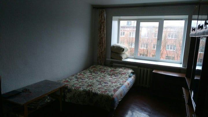 Отдельная благоустроенная комната в общежитие