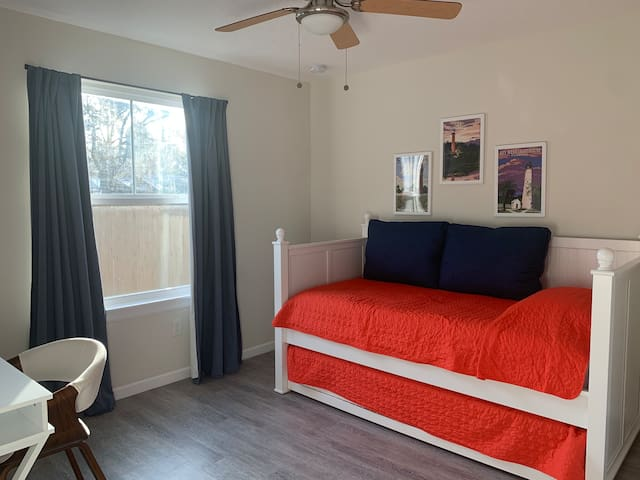 Guest bedroom #2 - trundle bed (two twin beds) and desk work space