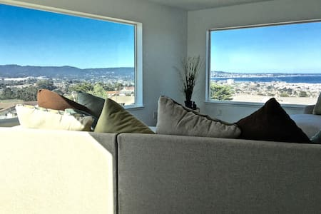 Spacious Home With Magnificent Monterey Views - Seaside
