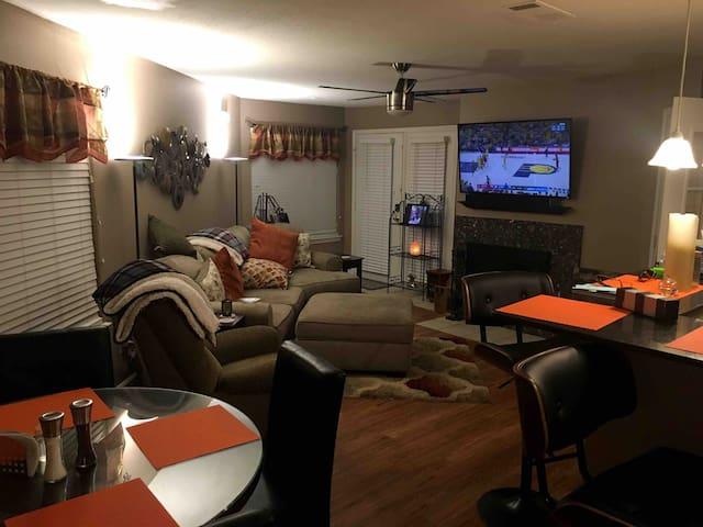 Arlington Condo- Private&intimate- luxury & conven