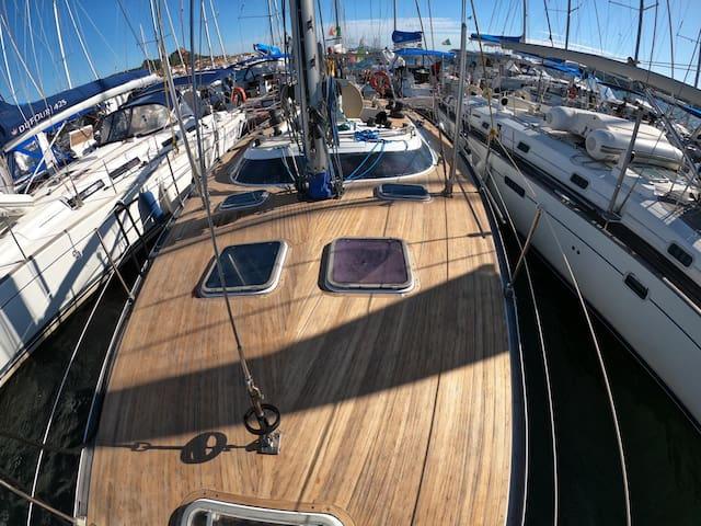 Costa smeralda a vela, Maddalena e Sud Corsica