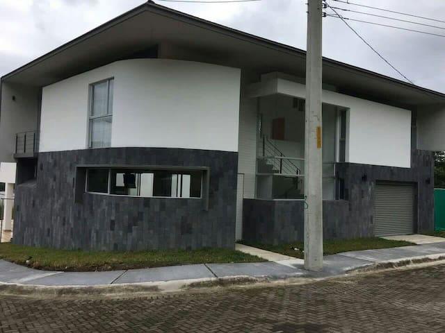Punta Leona House - Quebrada Ganado, Provincia de Puntarenas, punta leona CR - Rumah