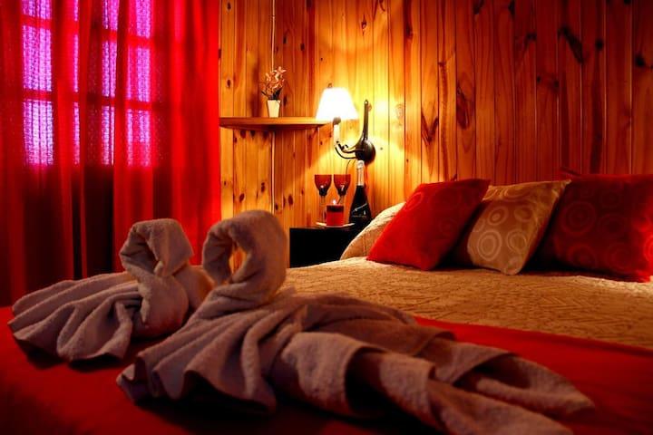 Dormitorio c/cama matrimonial