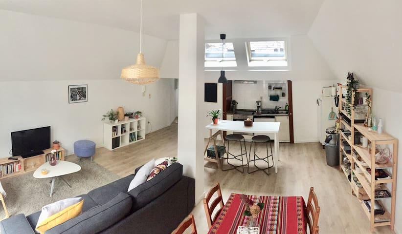 Stay at the Historic Heart of Brussels-80m² Studio