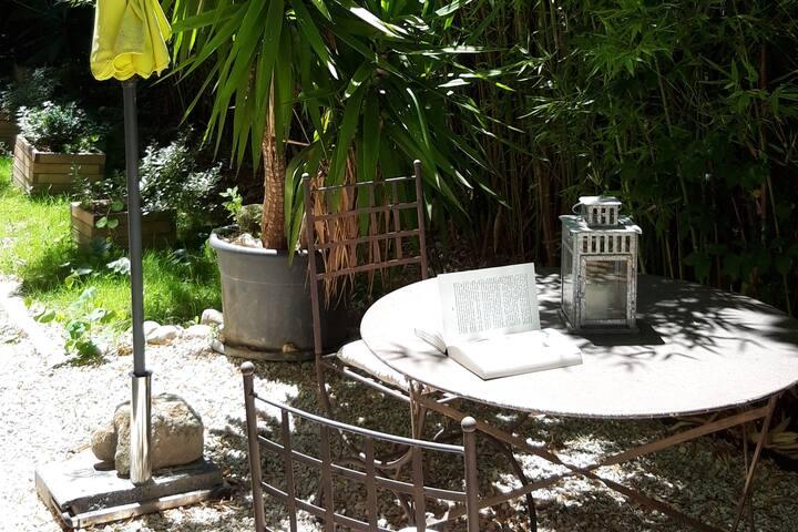 charmant T1 avec jardin et WIFI