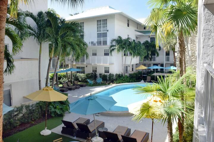 2 Bedroom Suites in Key Biscayne(5)♾