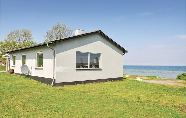 Holiday cottage with 2 bedrooms on 95m² in Nordborg
