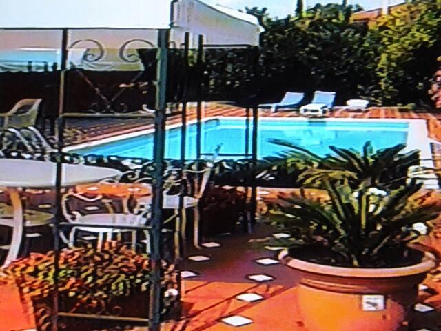 BENVENUTI A VILLA CLARA - Salerno - Appartement