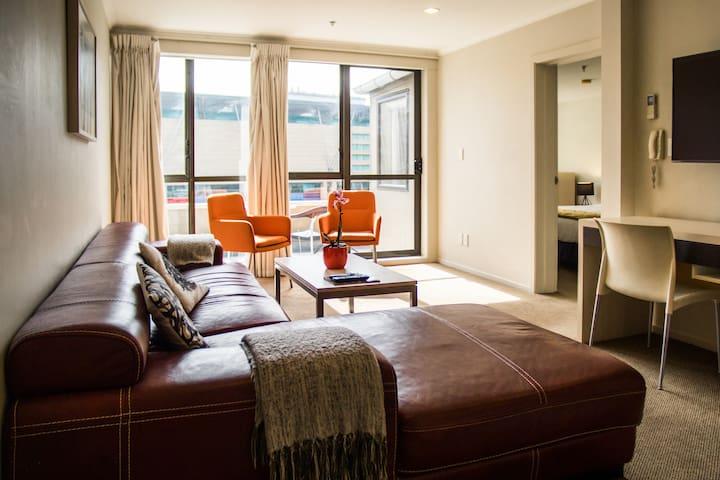 1 Bedroom Apartment & daily Breakfast Basket!