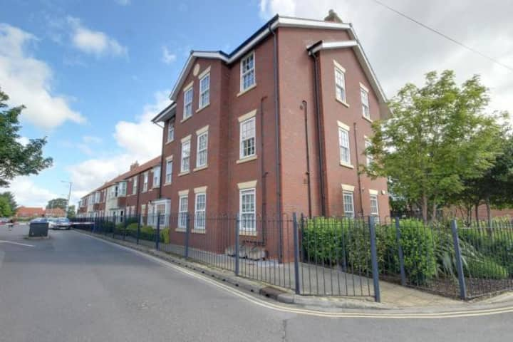 2 Bed Apartment In The Heart Of Beverley Sleeps 4