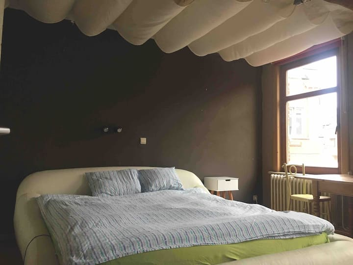Bright room for 1 or 2 in the heart of Leuven