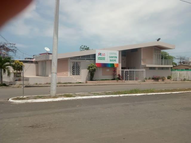 Casa de Angiola