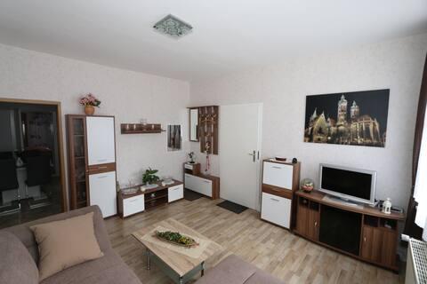 Apartamento central e tranquilo, 4 hóspedes, 58 m ²