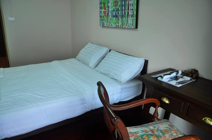 Cozy, Quiet Room in Bangkok, for 2 persons - #A1