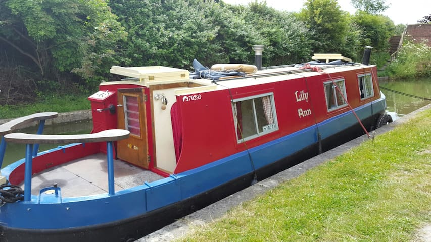 Lilly Ann 35 foot Narrow Boat - Tring - 배