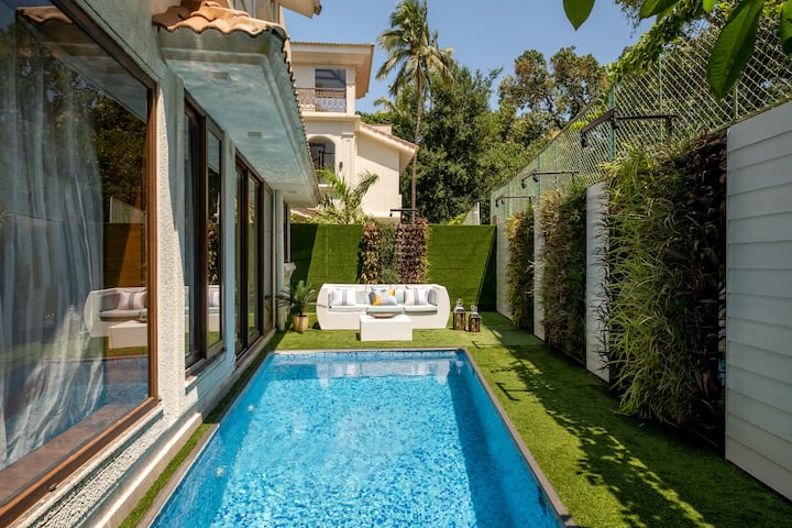 Villa C'est La Vie | Fab views + Private Pool