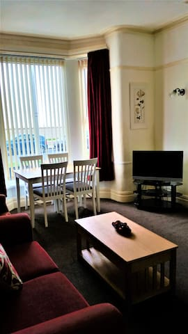 No 2 Apartment Highcliffe Holiday Apartments