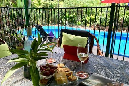 Peaceful private area: pool & palms