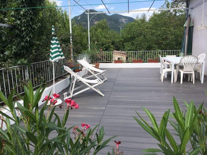 Chambre d'hôte avec terrasse et vue imprenable