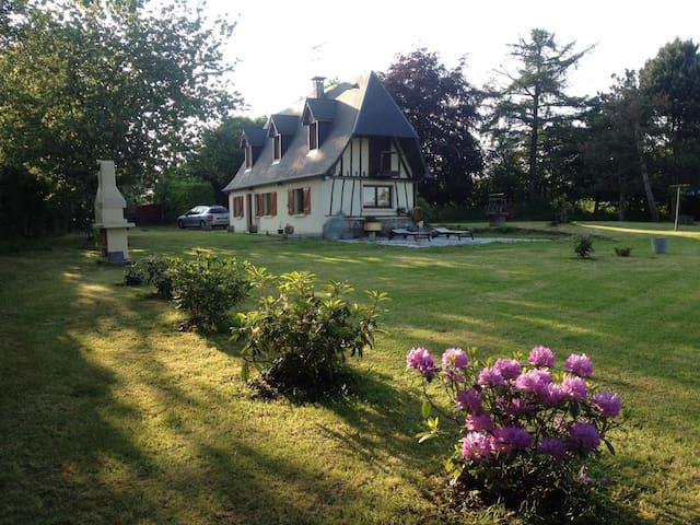 Maison normande - Sainte-Croix-sur-Aizier - Rumah