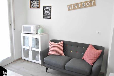 Creative Apartment Easy