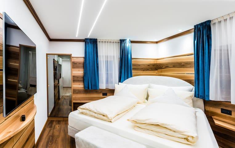 New Apartment Gold Center Ortisei Valgardena