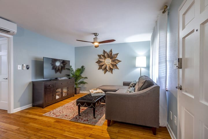 Cozy Updated Condo In Heart of South Tampa