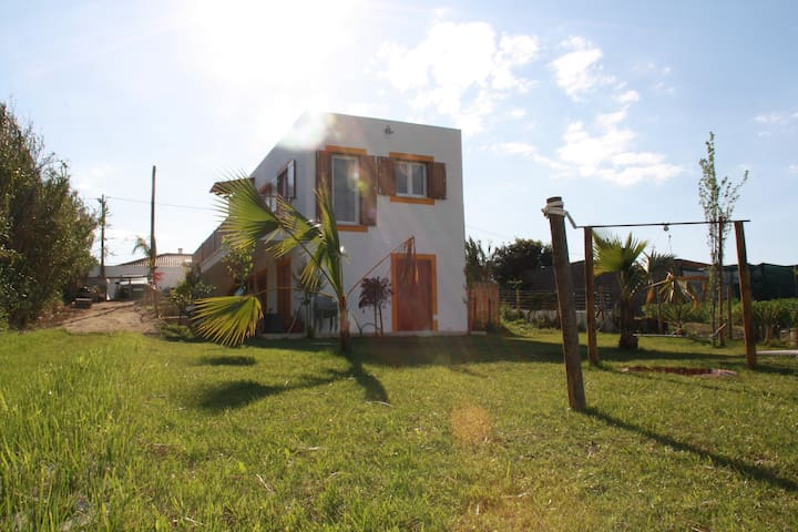 3 pax ||The Surf Farm in Peniche|| accommodation C