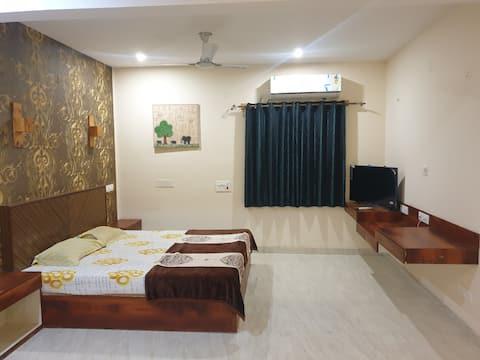 King Size New Super Luxury Room at Yelahanka