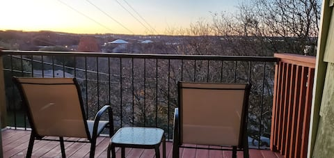 Barton Hills Gem with Amazing Sunset View