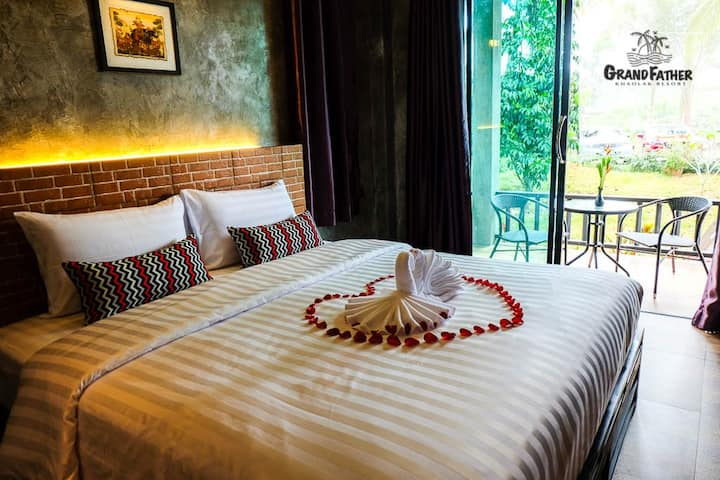 Grandfather KhaoLak Resort A2  ( Twin Bed  )