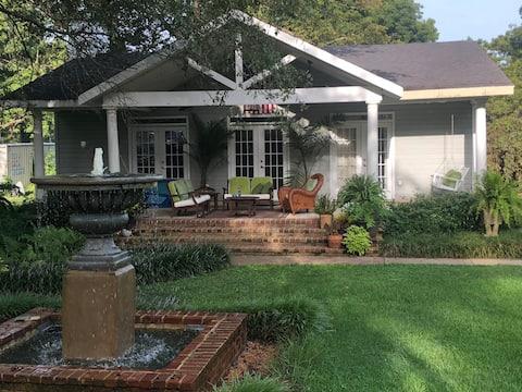 Beautiful Garden Guest House em Cypressbend