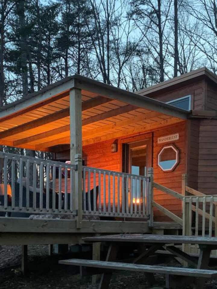 Close to Chattanooga & Cumberland Trail Tiny House
