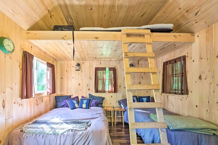 NEW! Event Friendly Dual-Unit Cabin in Warrensburg
