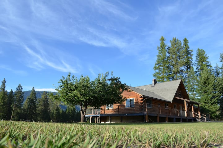 Green Acres Ranch, Montana Country Log Home