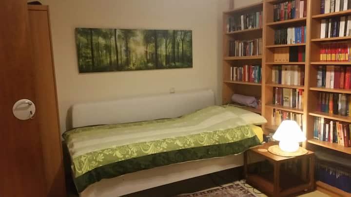 Ruhiges Zimmer  Messenah