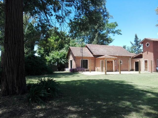 La Nacional -Casa de Campo en Lobos -