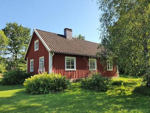 Tradicinis švediškas kotedžas netoli Bolmen ežero