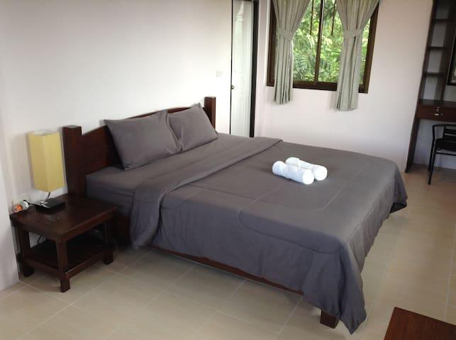 Belvedere Houce (c6) 1 Bedroom Condo