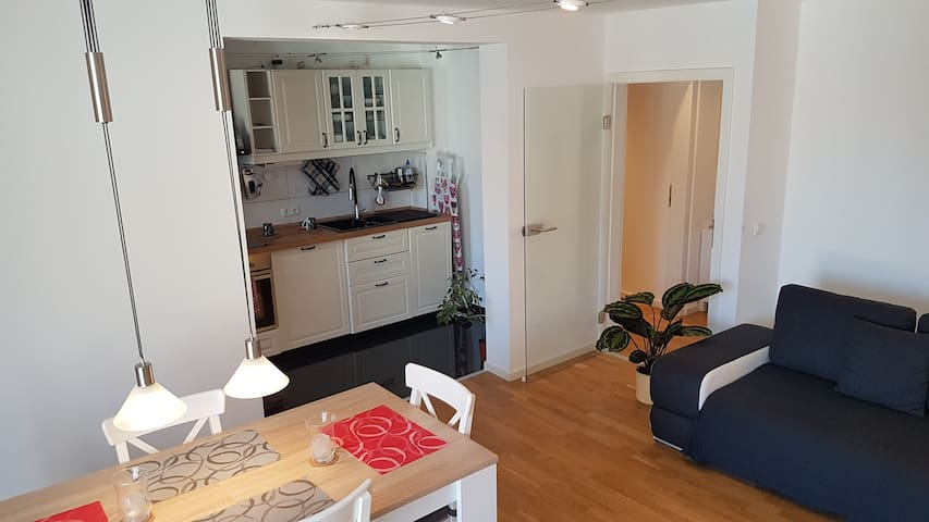 Cosy Studio with own kitchen!