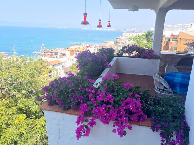 Best Views in Zona Romantica-Vallarta Style Living - Puerto Vallarta