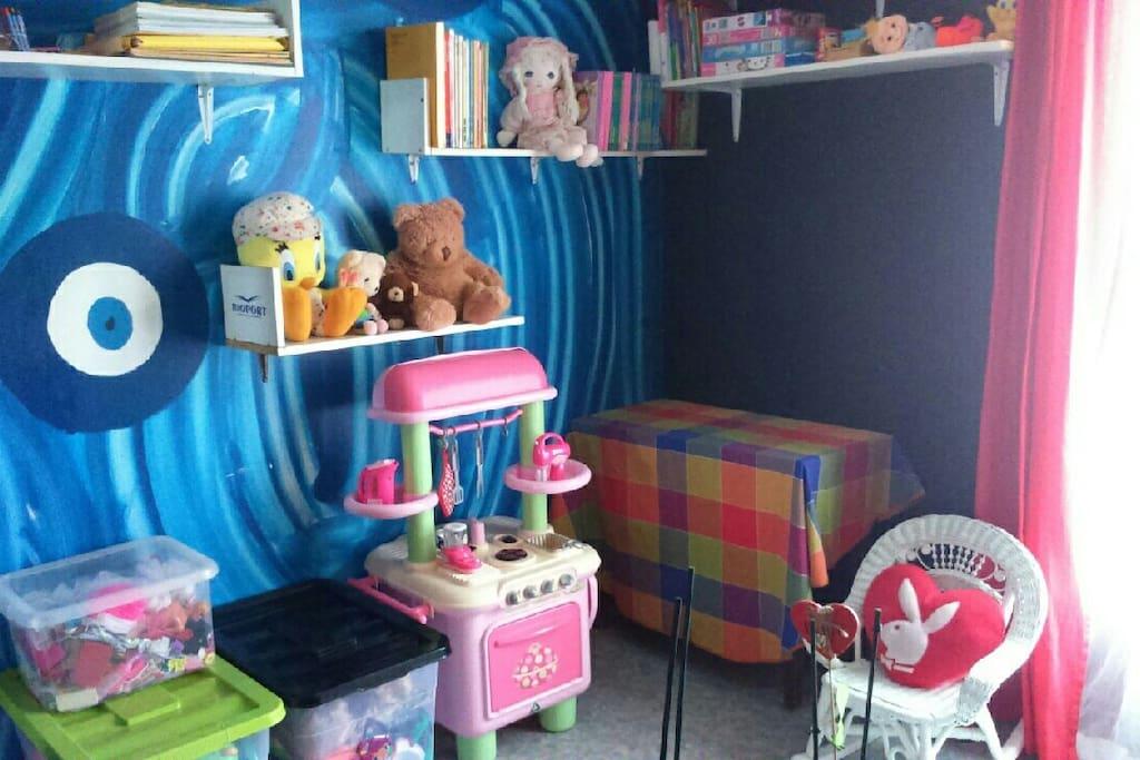 nombreux jouets et jeux enfants