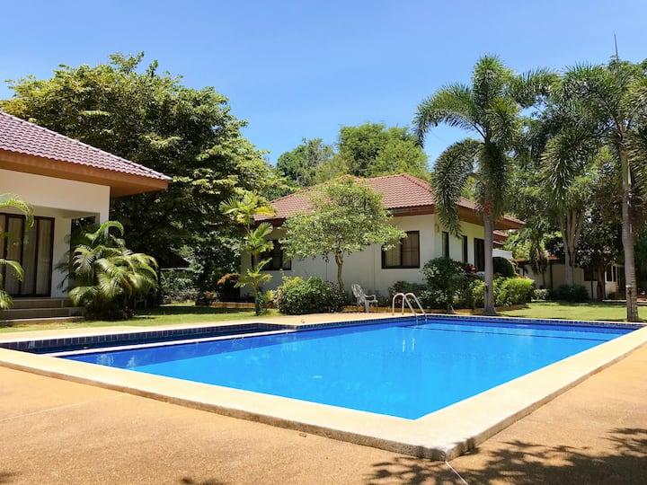 Leamsor Village House For Rent (No.2)