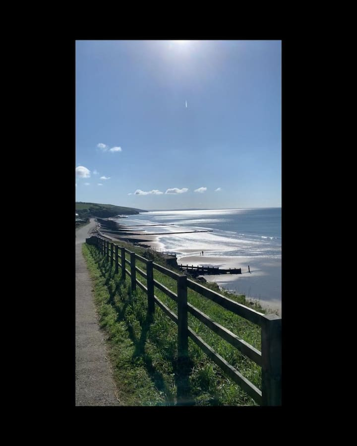 Escape to the amazing seaside town of Amroth