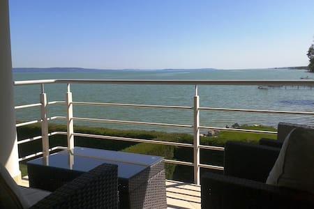 Waterfront panoramic apartman for 4 - Balatonboglár