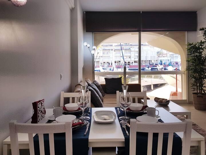 Lujoso apartamento en de la isla de puerto Marina