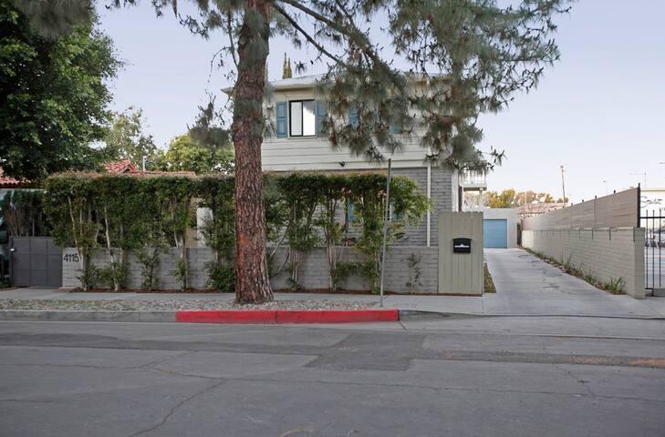 Universal Studios    Hollywood  # 102