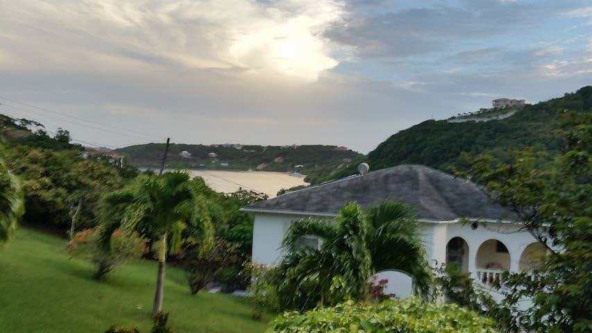 Grenada Holiday Apartments