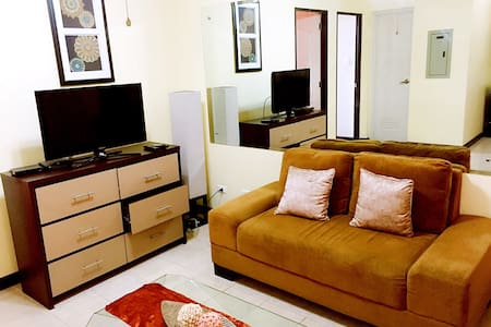 COMFORTABLE 2BR IN THE CITY CENTER - Davao City - Apartemen