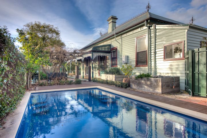 Central Charm - 4 Bedrooms,  Solar heated pool.